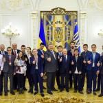 Порошенко встретился с победителями международных ученических олимпиад