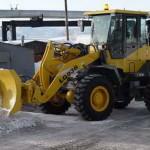 Этой зимой дороги Луцка вместо песка будут посыпать щебнем