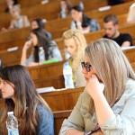 Почти всех украинских студентов хотят лишить стипендий